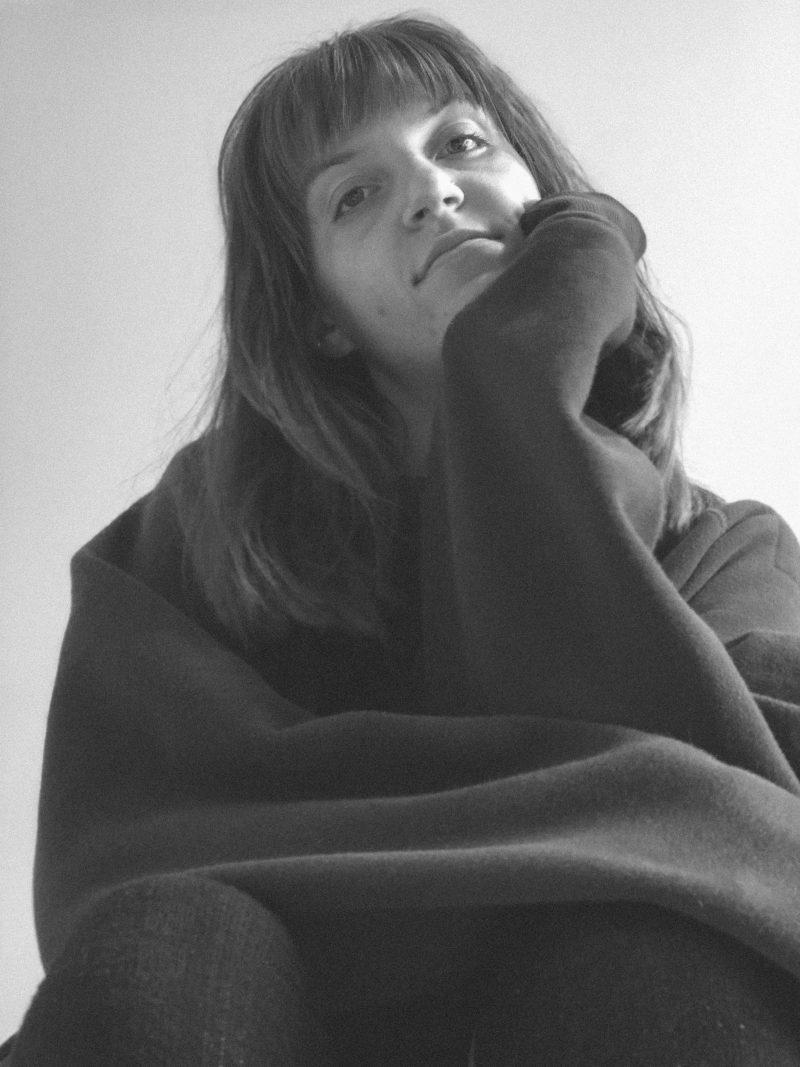 Karole Friese Girl Woman Portrait